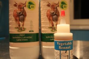 Bio-Milch und vegetarisches Lab